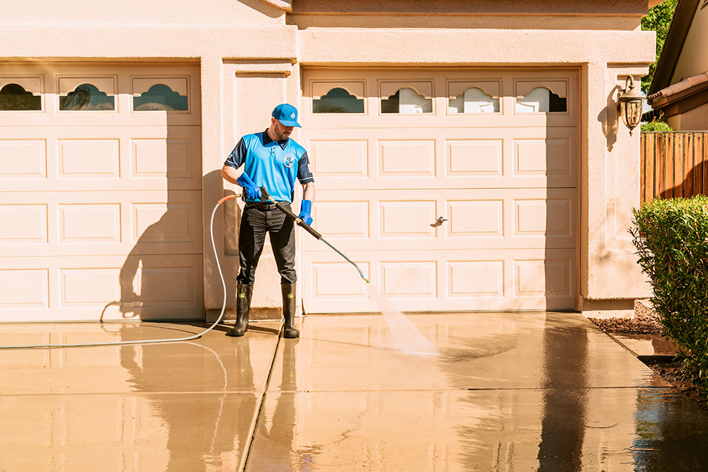clean-driveway- paradise valley